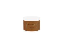 Uniwersalny produkt doskonały zarówno jako maska, krem do masażu bądź jako zakończenie zabiegu. Po aplikacji na skórę tworzy cienką warstwę […]